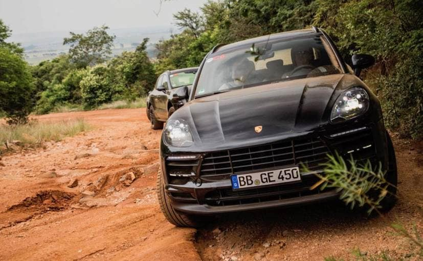 ��in9i�9i�_porsche macan facelift revealed in new teaser, ahead of official