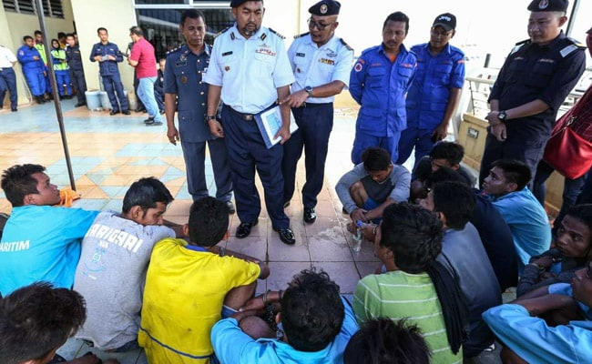 One Dead, 18 Missing After Migrant Boat Capsizes Off Malaysia