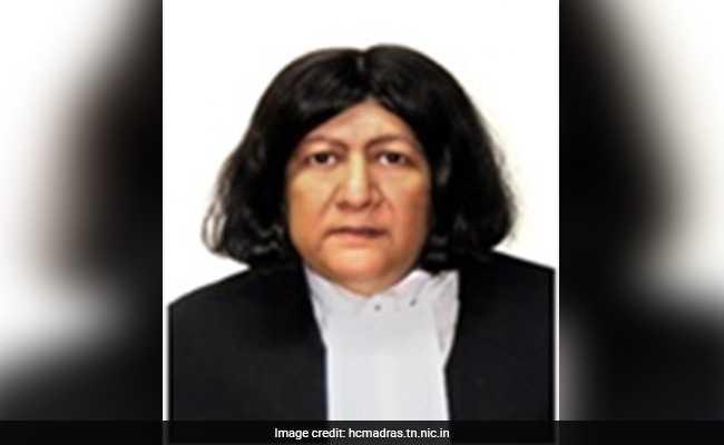 जस्टिस इंदिरा बनर्जी लेंगी शपथ, आज से सुप्रीम कोर्ट में होंगी तीन महिला जज