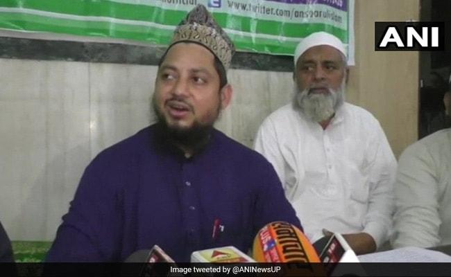 तीन तलाक का विरोध करने वाली निदा खान के खिलाफ फतवा, न दवा मिलेगी और न ही जनाजे को कंधा