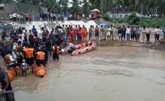 Search Still On To Trace Missing Girls' Body After Andhra Boat Capsize