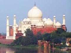 ताजमहल की देखरेख मामले पर सुप्रीम कोर्ट ने सरकार को लगाई फटकार, कहा- तमाशा और कॉमेडी शो बना दिया है