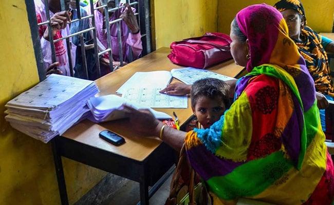 Sena Backs Assam Citizens' List, Seeks 'Ghar Wapsi' Of Kashmiri Pandits