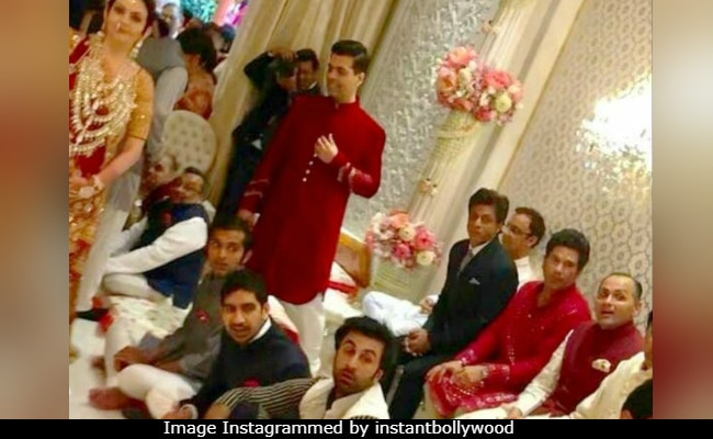 शाहरुख-सचिन से लेकर रणबीर तक, अंबानी पार्टी की ये तस्वीर इंटरनेट पर हो रही वायरल