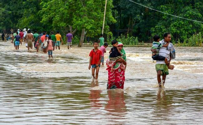 उत्तर और पूर्वोत्तर भारत में भारी बारिश की चेतावनी, असम में बाढ़ से पांच की मौत