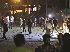 Probe Ordered After Video Shows Cops Walking With Mob During Aurangabad Clashes