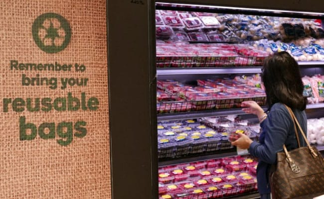 Rage Ensues As Major Australian Grocery Chains Insist On Plastic Bag Ban