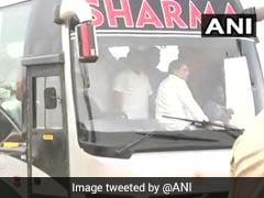 कोर्ट का आदेश आते ही हैदराबाद से उल्टे पांव लौटे कांग्रेस-जेडीएस के विधायक