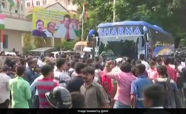 कर्नाटक चुनाव : यह हैं सबसे अमीर विधायक, संपत्ति 1015 करोड़ रुपये की