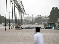 ओमान में तूफान : 3 भारतीयों सहित 11 लोगों की मौत, 170 किलोमीटर प्रतिघंटा की रफ्तार से चल रही हैं हवाएं