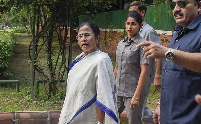 'பாஜக வாக்களர்கள் மட்டுமே பட்டியலில் இருப்பர்!'- அசாம் விவகாரத்தில் மம்தா