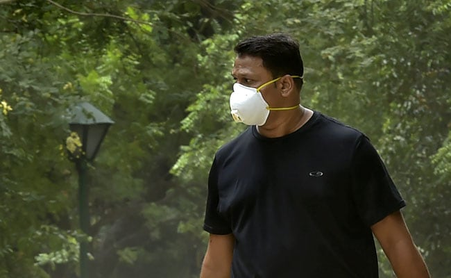 Air Quality 'Severe' In Delhi. Here's What The Doctors Advise