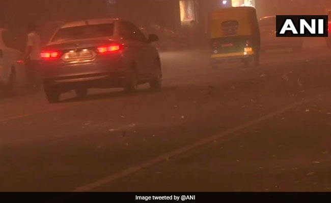 Cloud Of Dust Hangs Over Delhi, Construction Activities Halted