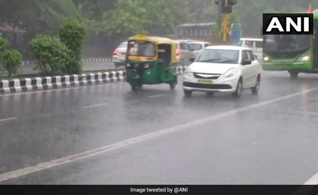 दिल्ली, यूपी, बिहार और जम्मू-कश्मीर सहित 13 राज्यों में भारी बारिश की चेतावनी, NDRF की 89 टीमें हाई अलर्ट पर