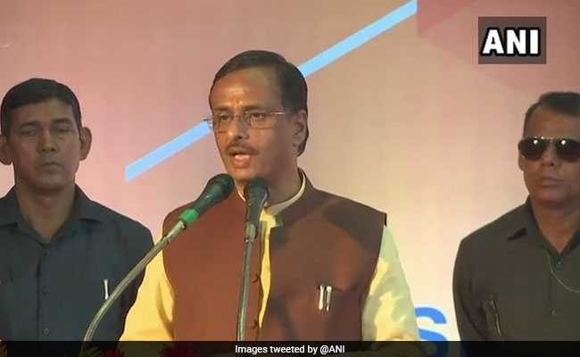 सीता को 'टेस्ट ट्यूब बेबी' बताने पर यूपी के उप मुख्यमंत्री दिनेश शर्मा के खिलाफ अदालत में शिकायत