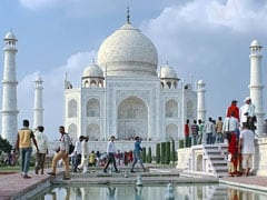 Centre Forms Panel To Tackle Industrial Pollution Near Taj Mahal