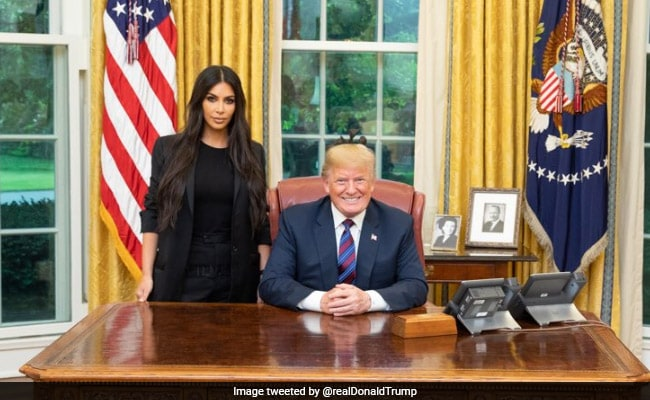 Kim K & Donald Trump Joked About Khloe During White House Visit