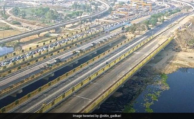 पीएम मोदी का रोड शो LIVE: दिल्ली-मेरठ एक्सप्रेसवे और ईस्टर्न पिरिफेरल एक्सप्रेसवे का पीएम करेंगे उद्घाटन