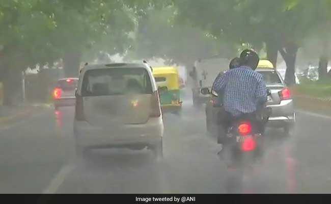 Weather Report: आज राजस्थान, छत्तीसगढ़ और मध्य प्रदेश में हो सकती है बारिश, अन्य राज्यों में रहेगी ये स्थिति