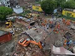 गाज़ियाबाद: 5 मंजिला इमारत धाराशायी, मलबे से एक बच्चे का शव निकाला, अब तक 2 की मौत
