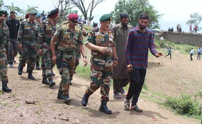 बदले राजनीतिक हालात में कश्मीर में आतंकियों के खिलाफ तेज हो सकता है अभियान