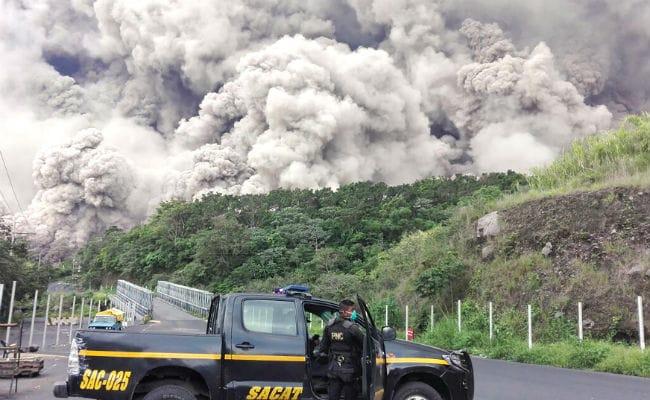 ग्वाटेमाला में ज्वालामुखी फटने से मरने वालों की संख्या 65 हुई, 17 लाख से ज्यादा लोग प्रभावित