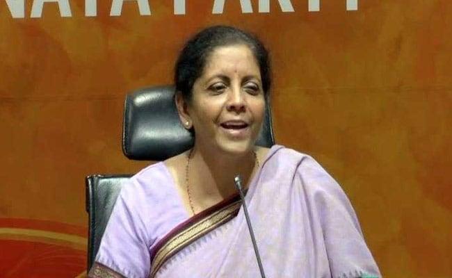 अमेरिका के साथ सितंबर में वार्ता करेगा भारत : रक्षा मंत्री
