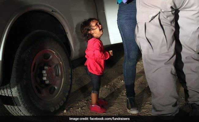 Image Of Migrant Toddler Crying At US Border Wins Photo Journalism Award