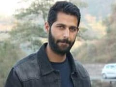 At Slain Policeman's Funeral In Jammu And Kashmir, Scores Pay Homage