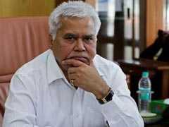 Re 1 'Deposited' To Official's Account - Latest In Aadhaar Challenge
