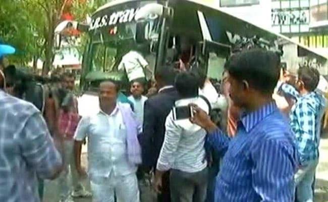 कर्नाटक : मंत्री पद न मिलने से नाराज विधायकों से मिले कांग्रेस के सचिव