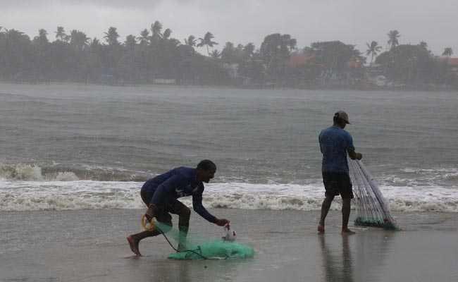 केरल में वर्षाजनित घटनाओं में 13 लोगों की मौत