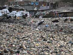 दिल्ली में 'कूड़े के पहाड़' और पानी में डूबी मुंबई पर SC सख्त, राज्य सरकारों से पूछा यह सवाल?
