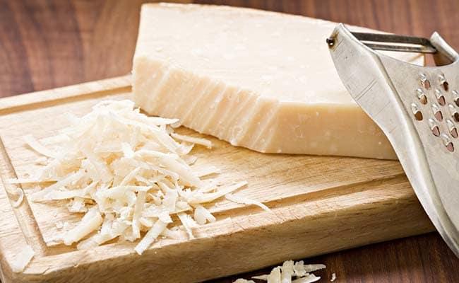 8 Amazing Health Benefits Of Cheese