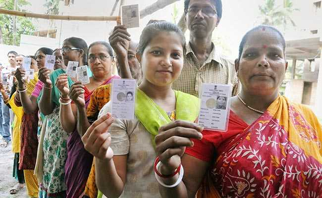 Voting Machines Taken In Private Car After Bypolls In Maharashtra's Palghar
