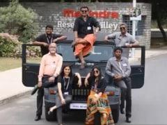 आनंद महिंद्रा ने ऑटो म्यूज़ियम में रखी काला मूवी में इस्तेमाल की गई महिंद्रा थार