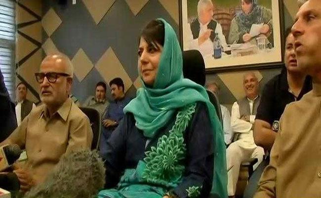 जम्मू कश्मीर में किसकी नीति फ़ेल हुई ?