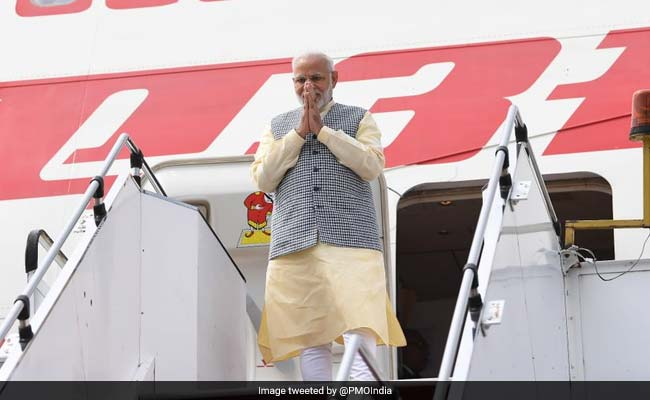 Watch: How Indonesian Singer Welcomed PM Narendra Modi