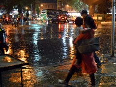 Heavy Rain In Mumbai Leads To Traffic Jams; Trains And Flights Delayed