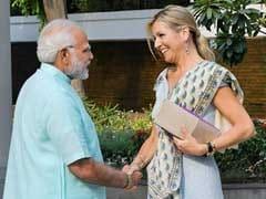 प्रधानमंत्री नरेंद्र मोदी ने नीदरलैंड की महारानी मैक्सिमा से की मुलाकात