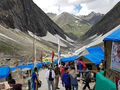 2 Amarnath Pilgrims Arrested For Carrying The Body Of Friend On A Bike