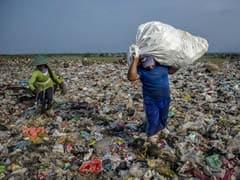 महाराष्ट्र में आज से प्लास्टिक बैन, पकड़े जाने पर 25 हजार तक के जुर्माने का प्रावधान
