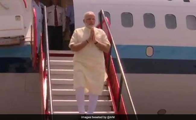 PM Modi Inaugurates Flight Service From Jagdalpur To Raipur