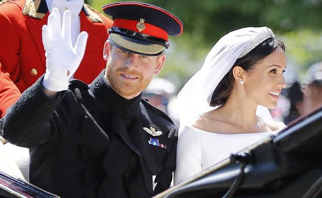 प्रिंस हैरी की शादी में शामिल हुईं उनकी पूर्व प्रेमिकाएं मुस्कुराती रहीं