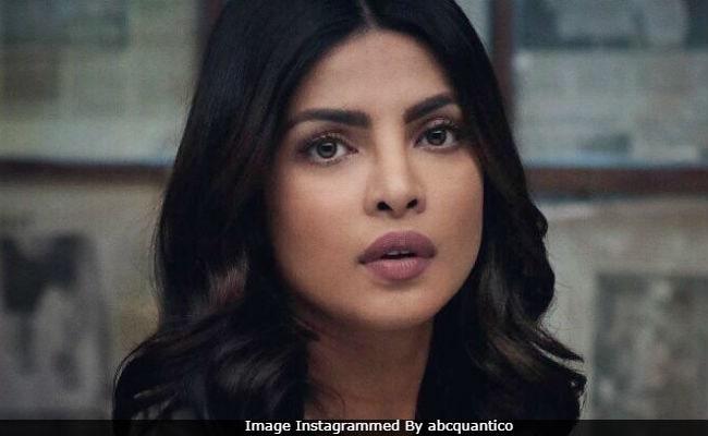 'क्वांटिको' विवाद पर प्रियंका चोपड़ा ने तोड़ी चुप्पी, कहा- मुझे भारतीय होने पर गर्व...