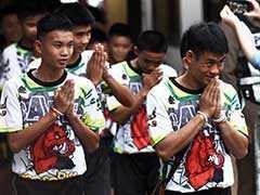 थाईलैंड में गुफा से बचाए गए बच्चों को अस्पताल से मिली छुट्टी, बोले- 'मौत के मुंह से लौटना चमत्कार जैसा'