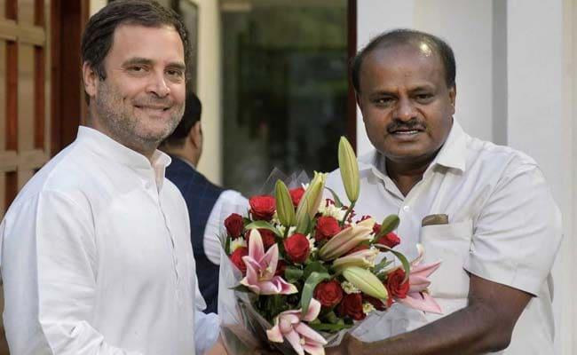 कर्नाटक में मंत्रिमंडल विस्तार : कांग्रेस नेताओं संग पार्टी अध्यक्ष राहुल गांधी ने किया 'मंथन'