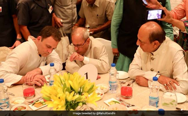 Pak High Commissioner Was Not Invited For Rahul Gandhi's Iftar Event