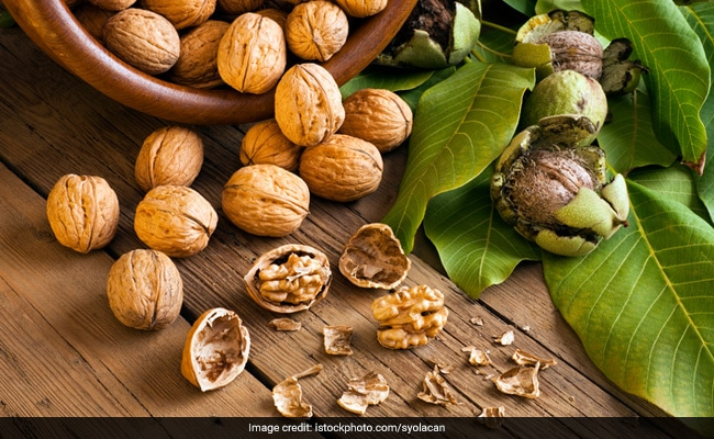 International Yoga Day: Walnuts Are The Way To Go On This Yoga Day: 6 Health Benefits Of Walnuts