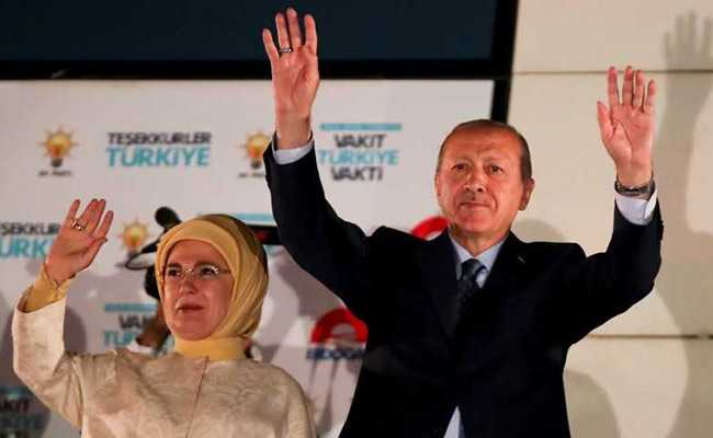Turkey's Erdogan Wins Presidential Election Extends 15 Year Reign